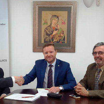 Caser y el Colegio de Mediadores de Granadafirman la renovación de su protocolo de colaboración