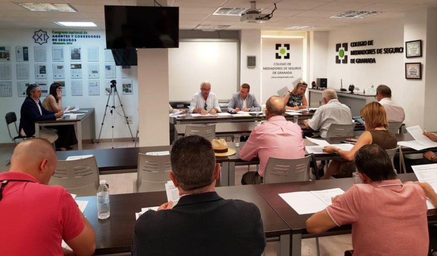 El Colegio de Mediadores de Seguros de Granada celebra su Asamblea General y rinde un sentido homenaje a Manuel Martín Vargas