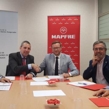 El Colegio de Mediadores de Seguros de Granada y MAPFRE renuevan su acuerdo institucional