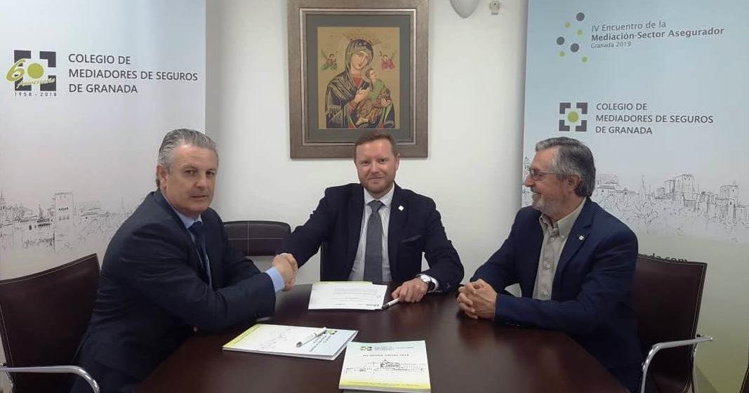 El Colegio de Mediadores de Seguros de Granada y Caser Seguros firman la renovación de su acuerdo institucional