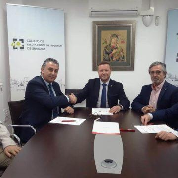 Firma con Plus Ultra Seguros para impulsar la mediación
