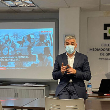 MAPFRE y el Colegio de Mediadores de Seguros de Granada forman a sus colegiados sobre Previsión Social Empresarial